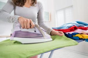Glanzstellen beim Bügeln vermeiden