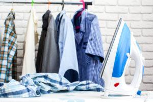 So bügeln Sie Hemden im Handumdrehen knitterfrei